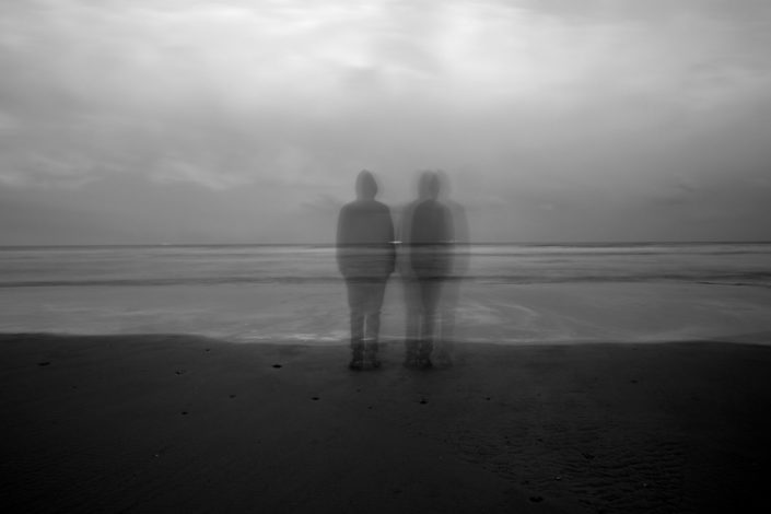 Série - Loneliness